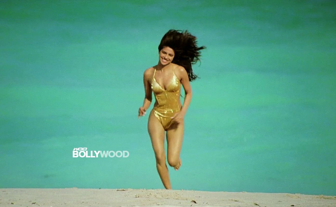 Priyanka Chopra In Bikini Wallpapers