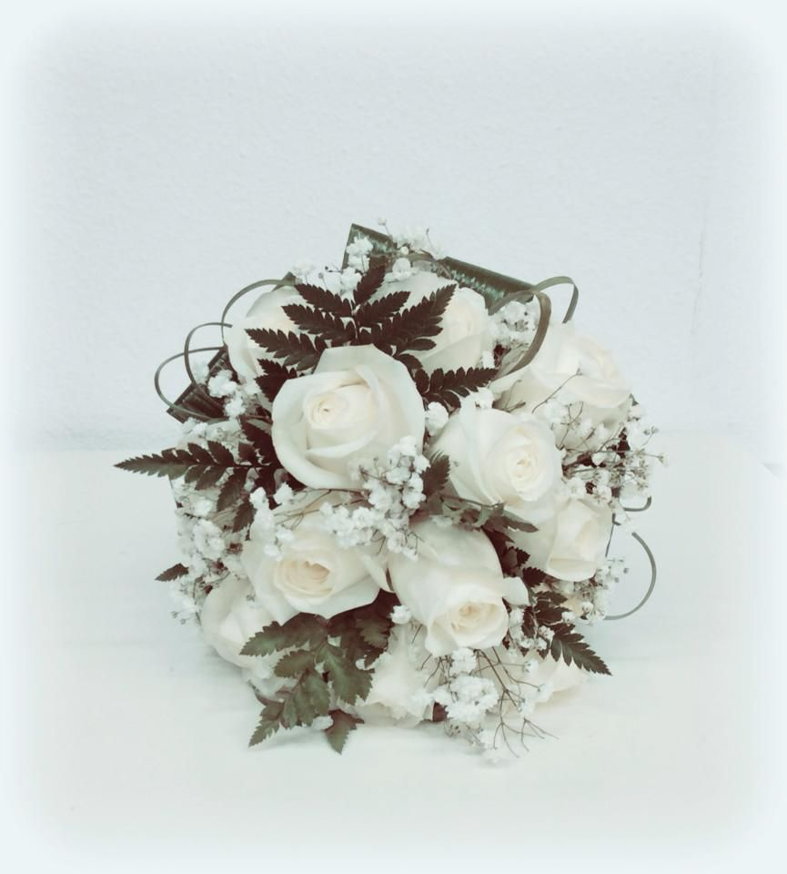 Rosas blancas. Floristería Kalatea.
