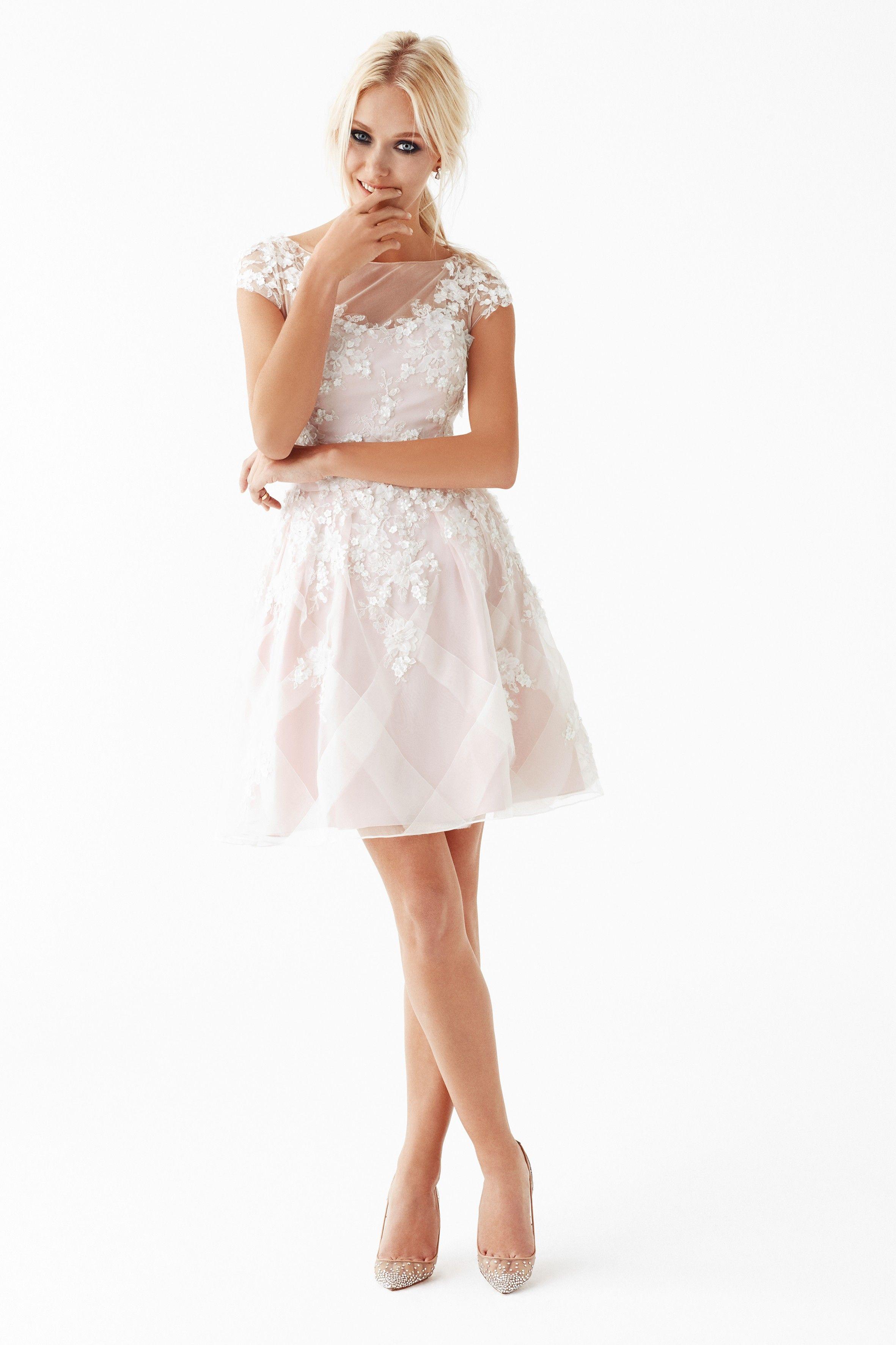 Kısa Nişan Elbisesi | Kıyafet Seçenekleri | Pinterest | Engagement ...