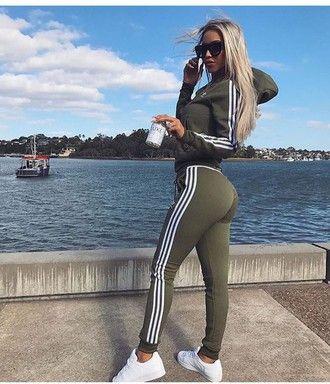 En necesidad de Transparentemente Virgen  jumpsuit adidas tracksuit adidas tracksuit sweater girl khaki style jacket joggers  adidas jogging khaki pants adidas… | Sporty outfits, Adidas pants outfit,  Fashion