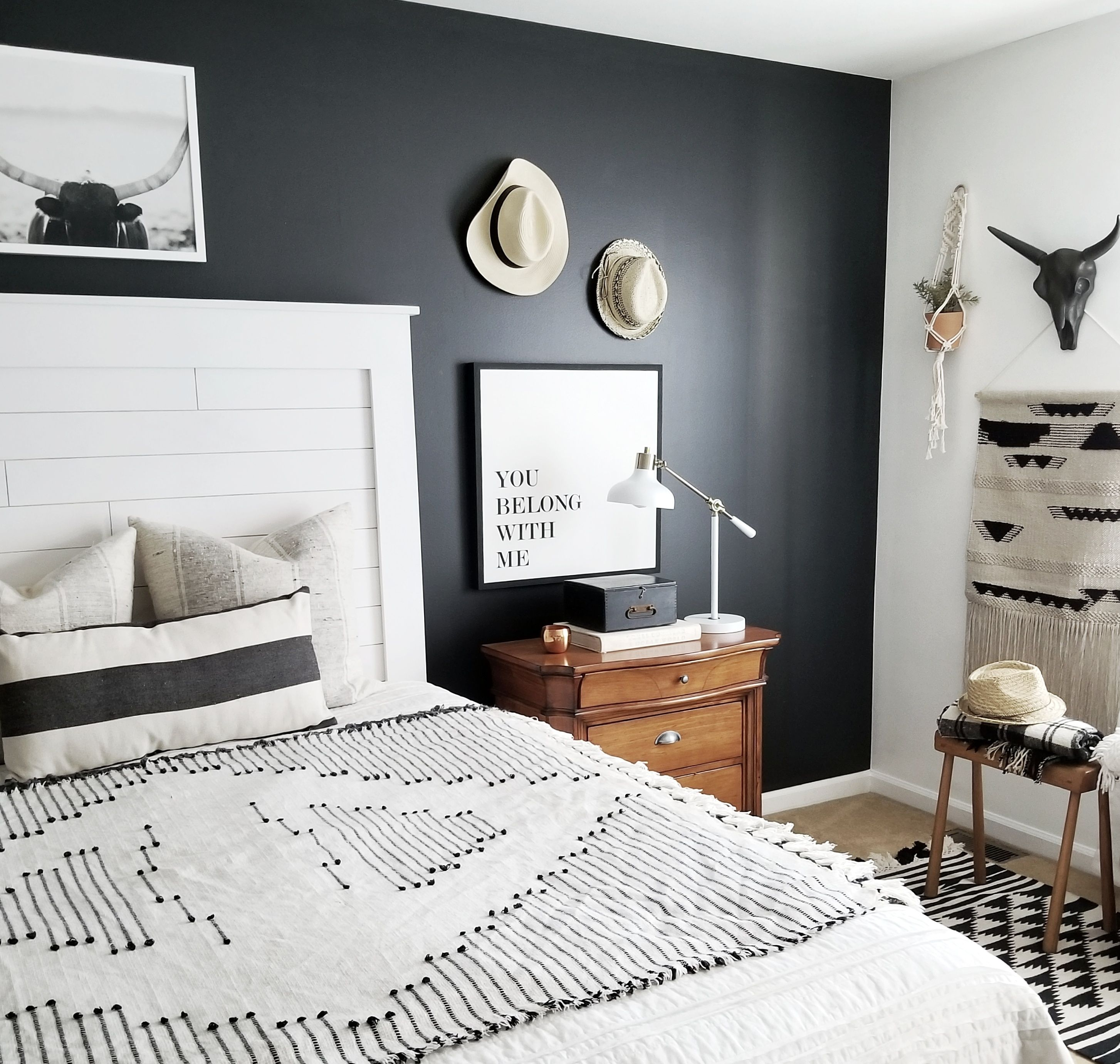 5 Ways to Incorporate Black in Interior Design is part of Ways To Incorporate Black In Interior Design Grace In My - Black is such an important design element in interior design  So let's talk about 5 simple and creative ways to incorporate black in interior design to help ground your space and provide dimension in your home
