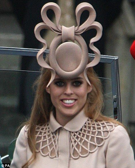 She Looked Gorgeous Philip Treacy Defends Princess Beatrice S Opinion Dividing Royal Wedding Hat