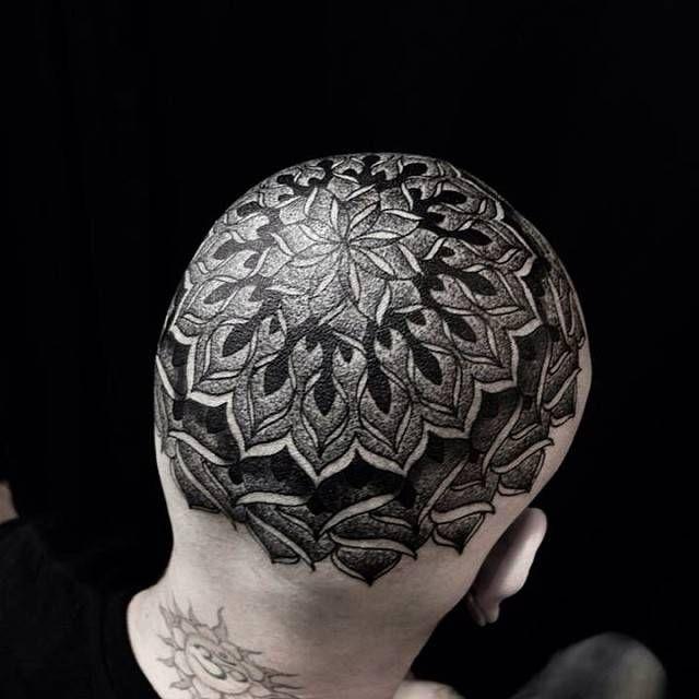 Tatuaje De Un Mandala En La Cabeza Heads Tattooed Tattoos
