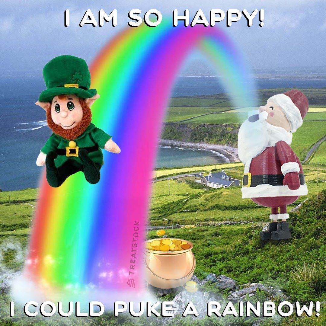 31st day of my Journey. I've been overwhelmed with the cuteness of Ireland #treatstock #treatstockcom #santa #3d #3dtoys #3dtoy #3dprinting #toy #toysgram #uk #unitedkingdom #greatbritain #britain #british #lovegreatbritain #england #madeinengland #ireland #nothernireland #insta_ireland #instaireland #leprechaun #leprechauns #rainbow #rainbows #rainbow_wall #rainbowcolor #clover #goodluck #lucky by teenysanta