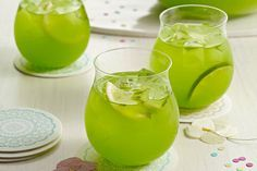Fresh mint muddled with lemon-lime drink mix gives this Sparkling Pineapple-Lime Punch extraordinary flavor—and it still only takes 10 minutes to prepare!