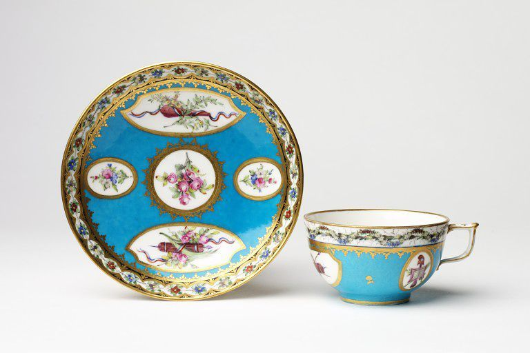 Cup   Mme Françoise-Philippine Descoins   V&A Search the Collections