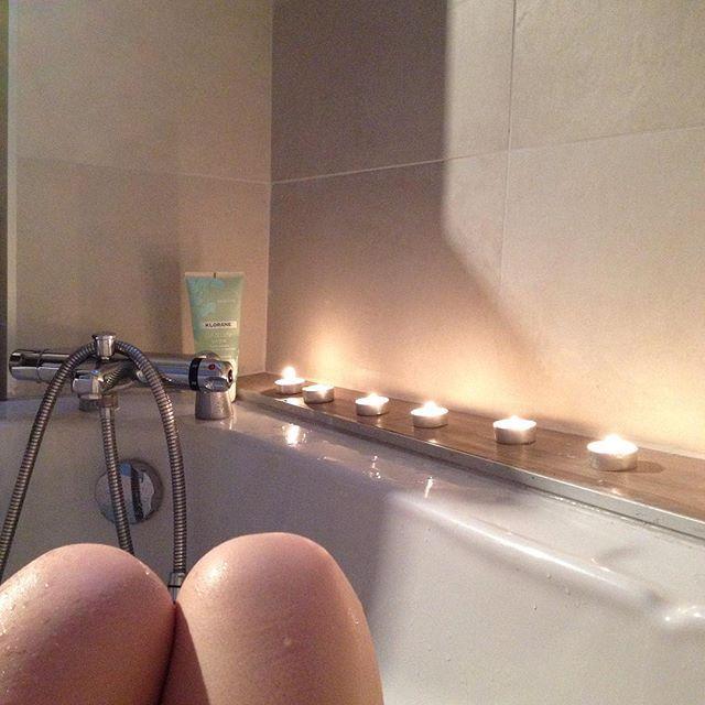 Avant la tempête #bath #dimanche #bonheur #lecalmeavantlatempete #light #candles #zen #bain