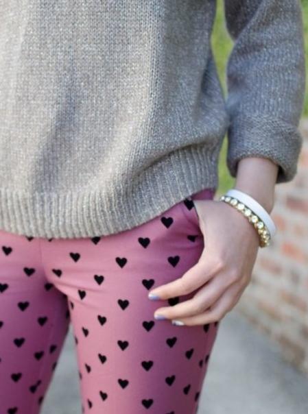 On Wheretoget :) #hearts #black #pink