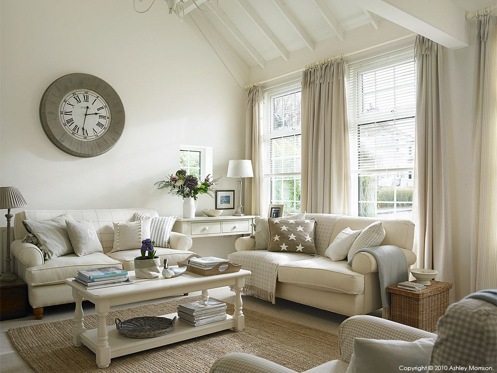 The living room in Marie & Alan\'s Belfast lodge cottage. http://www ...