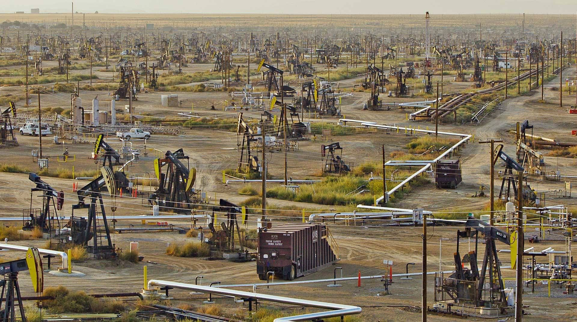 How Much Drinking Water Has California Lost to Oil Industry Waste? No One Knows | KQED Science