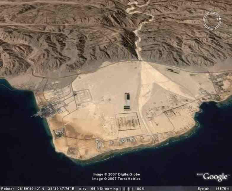 Nuweiba_Beach, South Sinai, Red Sea, Egypt.
