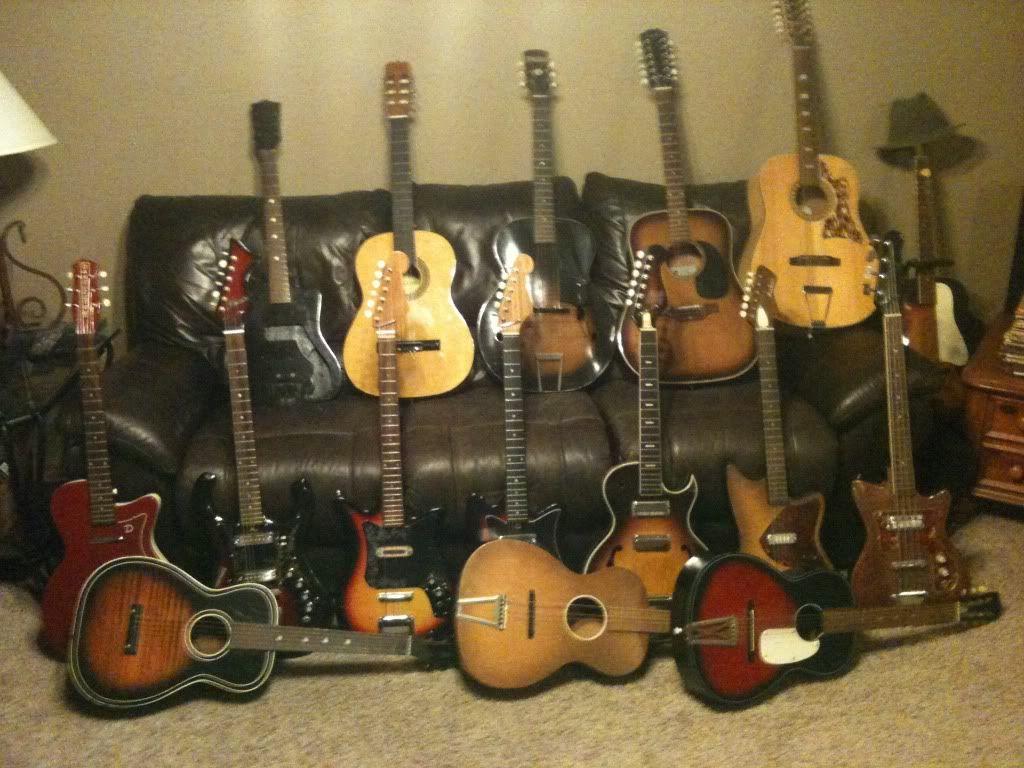 guitars for sale craigslist vintage guitar hunt guitar collection for sale in norman. Black Bedroom Furniture Sets. Home Design Ideas