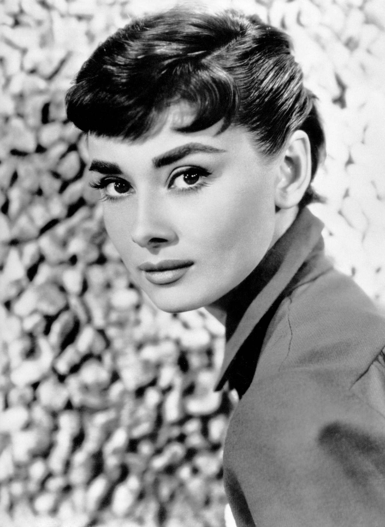 Audrey Hepburn Audrey Hepburn Bilder Frisur Audrey Hepburn Audrey Hepburn Mode
