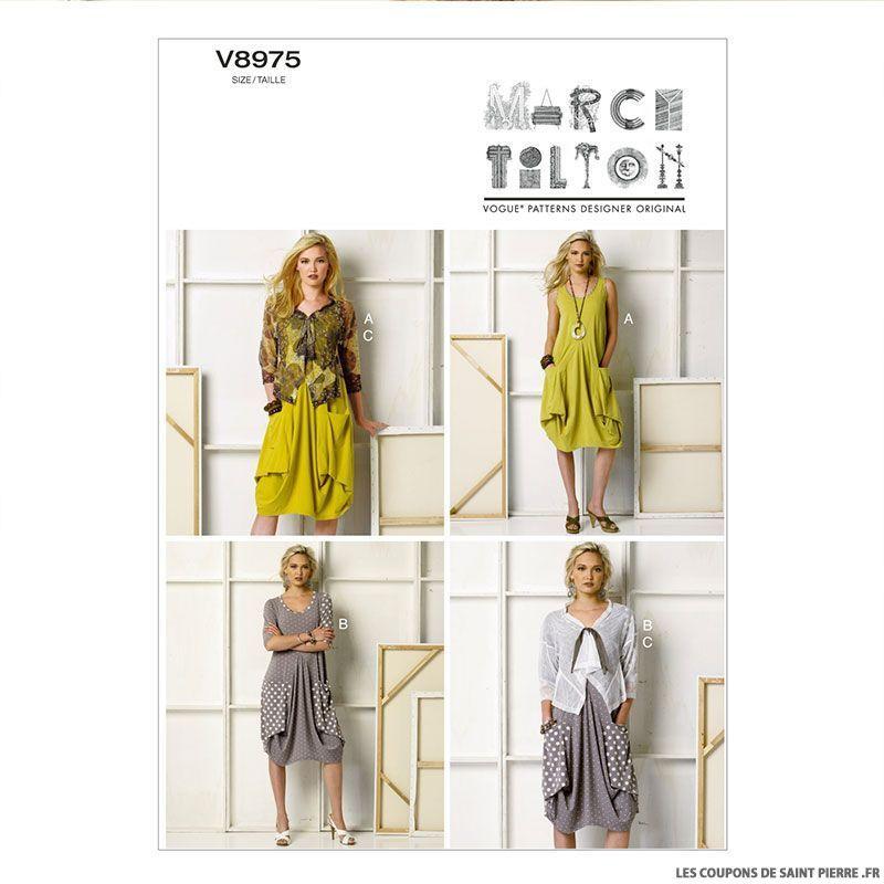 Patron Vogue V8975 Robe Poches Drapees Et Veste Robe Sans Couture Modele De Veste Modele Robe