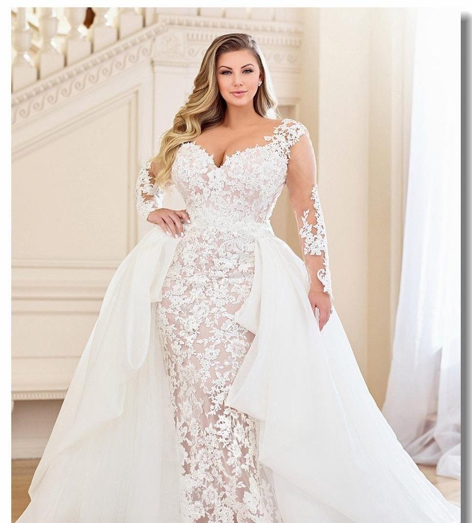 Plus Size Lace Wedding dresses with detachable train Lace