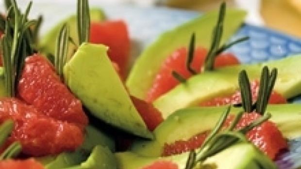Avocado-grapesalat | Ugebladet SØNDAG