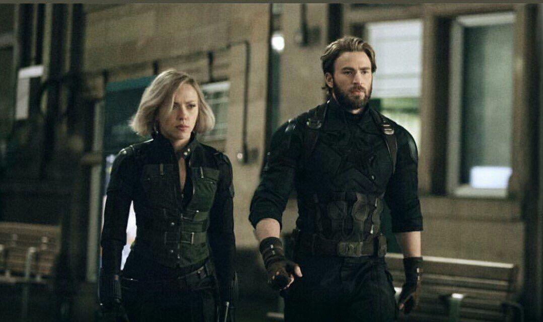 Avengers Infinity War | Captain america black widow, Black widow ...