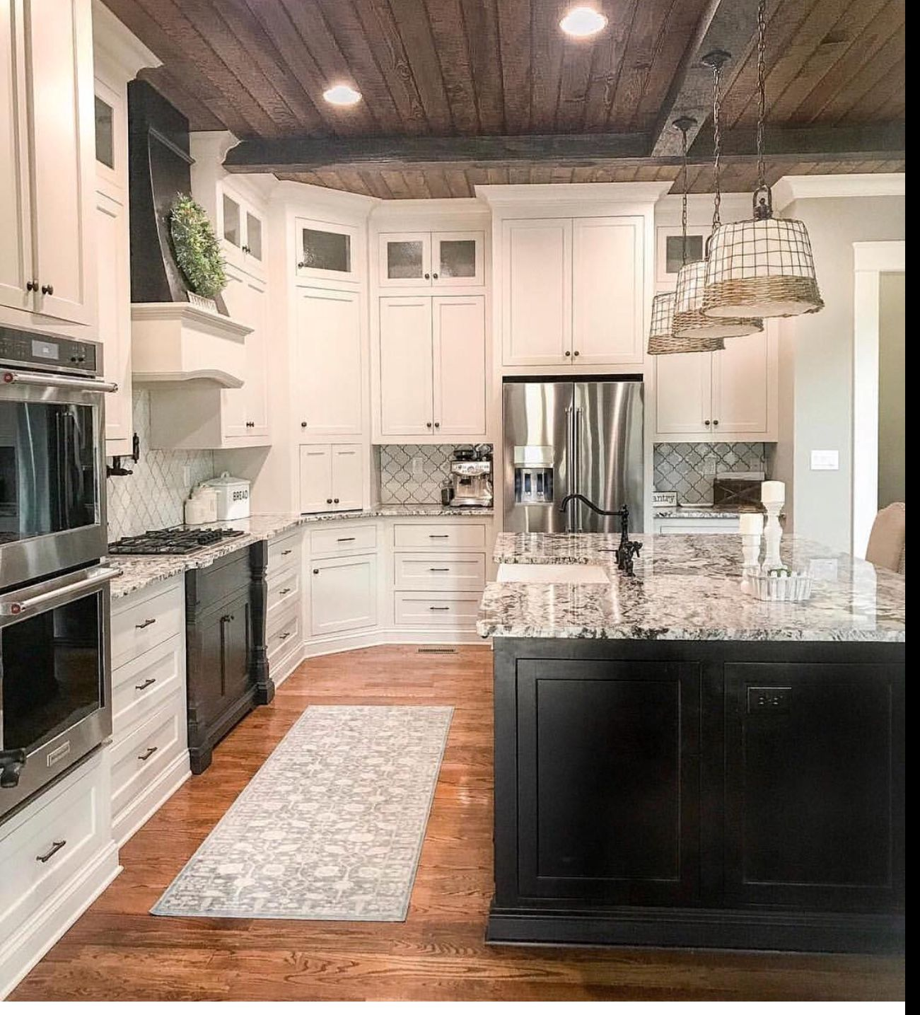 Farmhouse Kitchen With Images Home Remodeling Rustic Kitchen Home Decor Kitchen