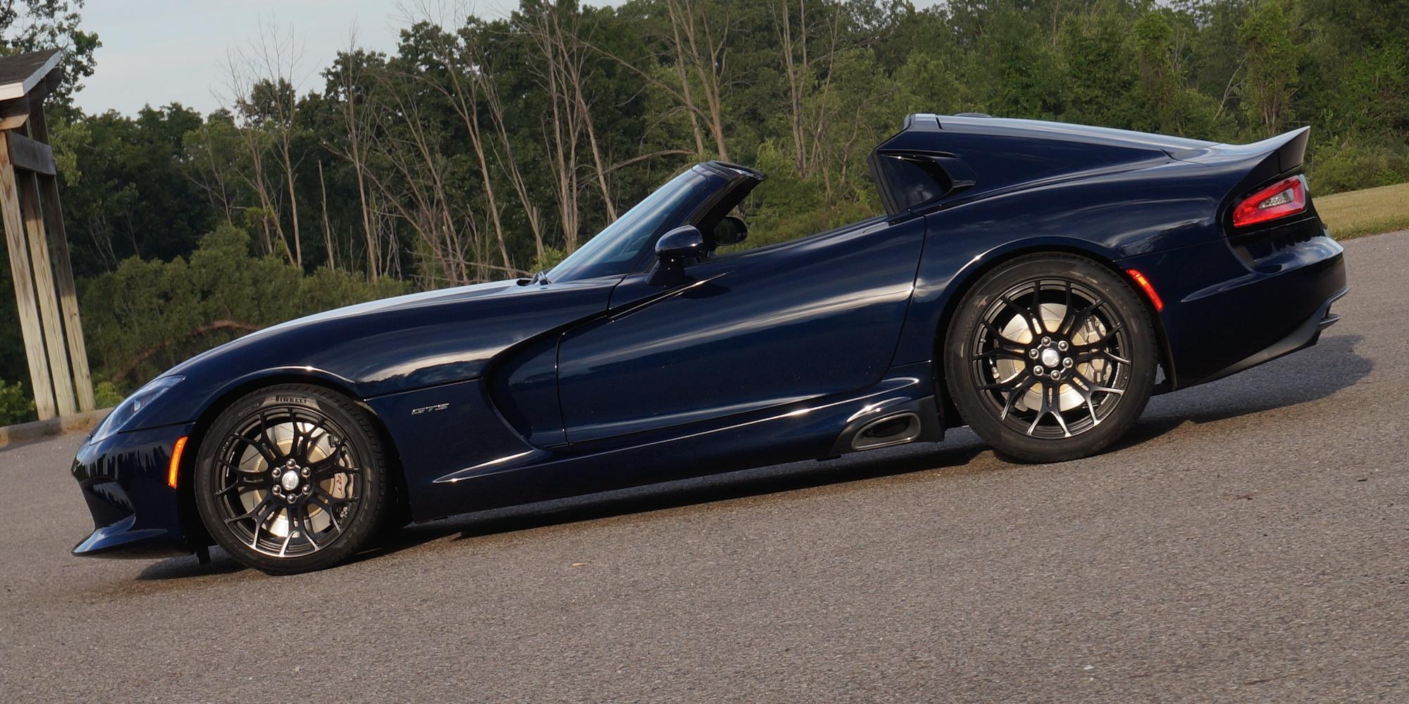 How One Company Built The Viper Targa Dodge Wouldn T Dodge Viper Dodge Dodge Viper Gts