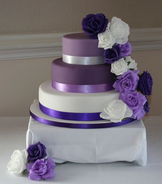 purple wedding cake images best 25 purple wedding cakes ideas on purple 18918