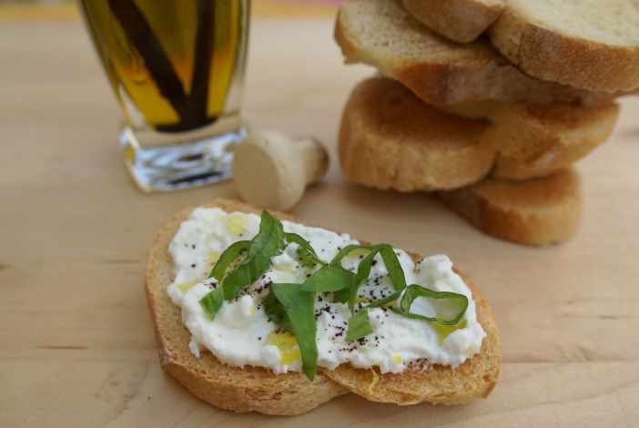crostini with lemon ricotta, fresh basil, black pepper and drizzled with a vanilla infused olive oil | Food and Tools