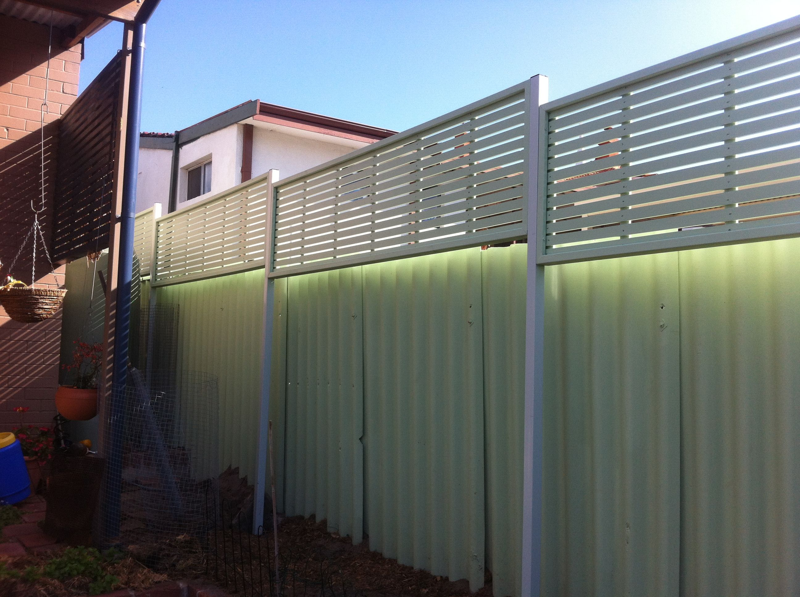 Bamboo Screen Perth Colorbond Fence With Wood Privacy Screen Google Search