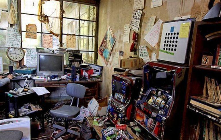 mess in the room   Вдохновляющие картинки, Подростки, Беспорядок