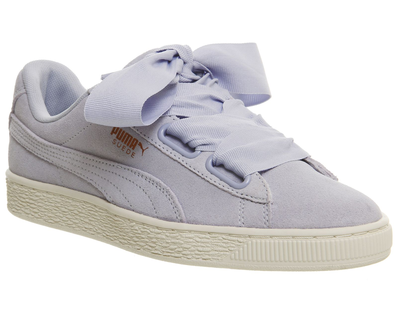 separation shoes 71f93 87416 Suede Heart Trainers | My Style | Puma suede, Puma sneakers ...