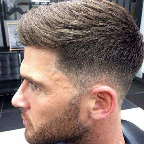 Taper Fade Haircut Tipi Di Fades 2019 Tagli Di Capelli Maschili Tagli Di Capelli Corti Da Uomo Capelli