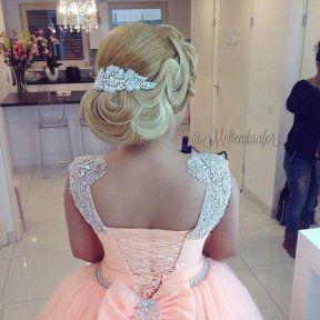 Платья с цветами для девочек, Прически, Платье н