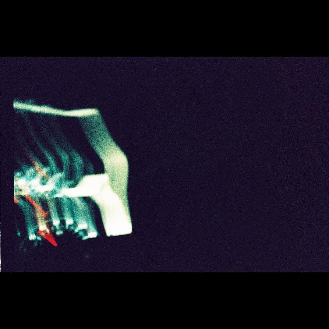 #artphotography #film #drive  #bleach #camera  #35mm #filmisnotdead  #sayaka #ファインダー越しの私の世界  #写真撮ってる人と繋がりたい #フィルム #カメラ #一眼レフ #カメラ女子会 #サブカル女子 #写真好きな人と繋がりたい #サブカル男子  #アナログ #colorfilm  #sky #空 #sora #青空 #ガラス #glass #sunset #lomography #maine #車 #car by sayappyphilly