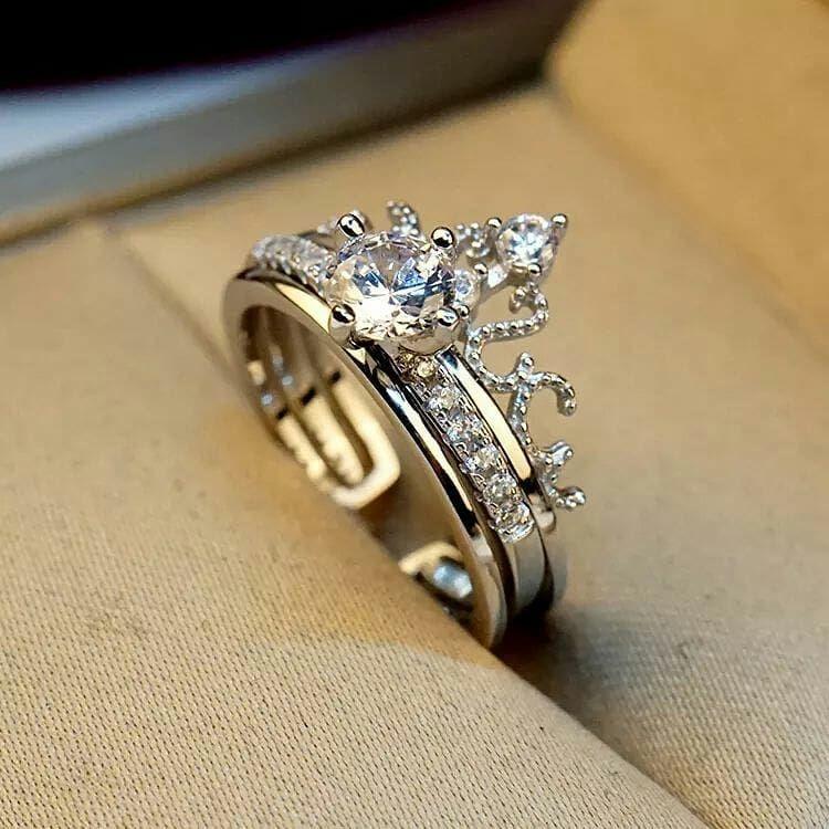 Silver Accessories On Instagram New خاتم دبله بشكل تاج موديل جديد ومميز جدا فضه 925 ايطالي المقاس فري سايز يلبس كل Engagement Rings Heart Ring Jewelry