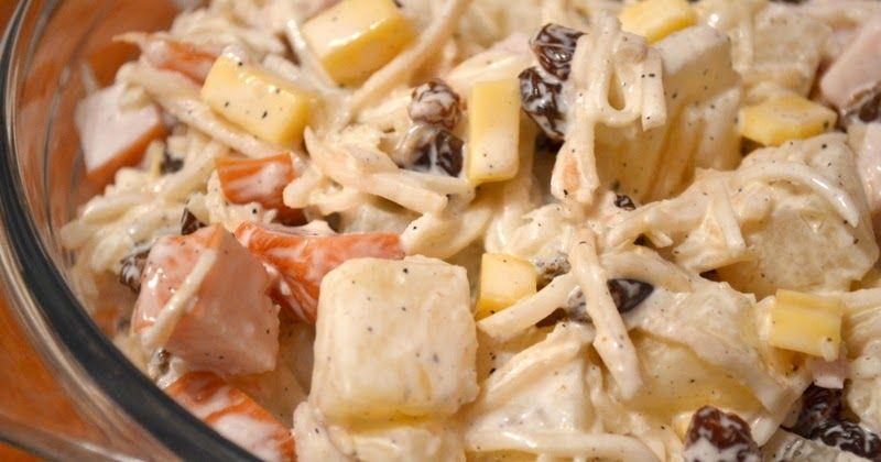 Salatka Z Selera Konserwowego Przepis Na Salatke Z Selera