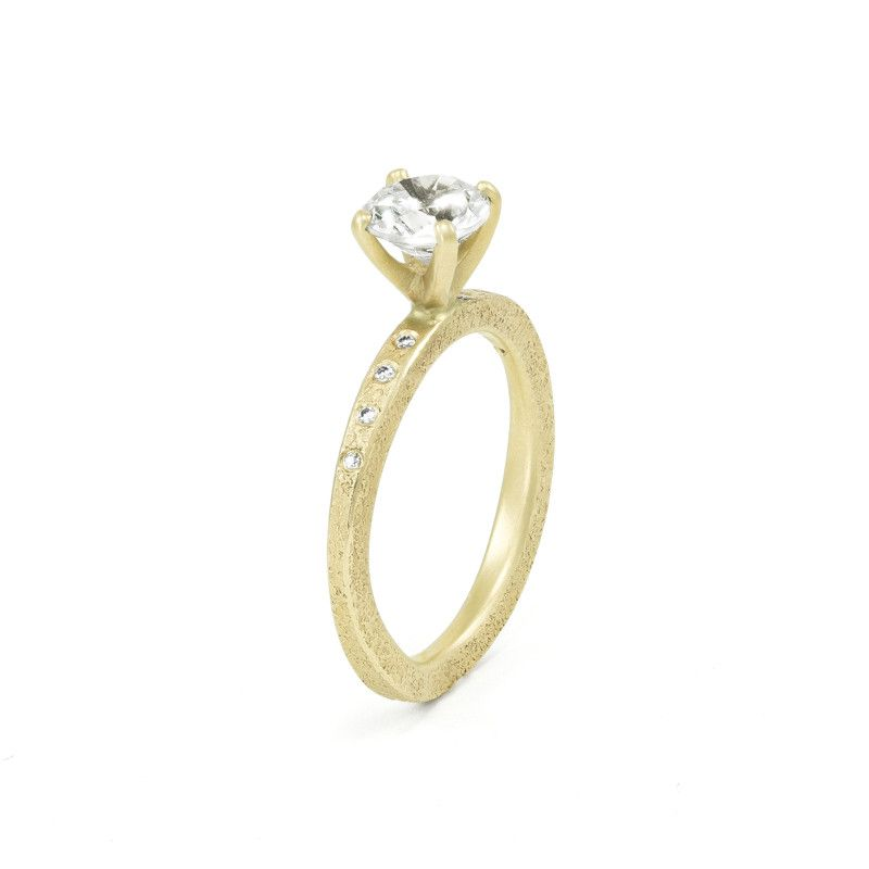 Women\'s Rustic Traditional Gold Engagement Ring with Thin Organic ...