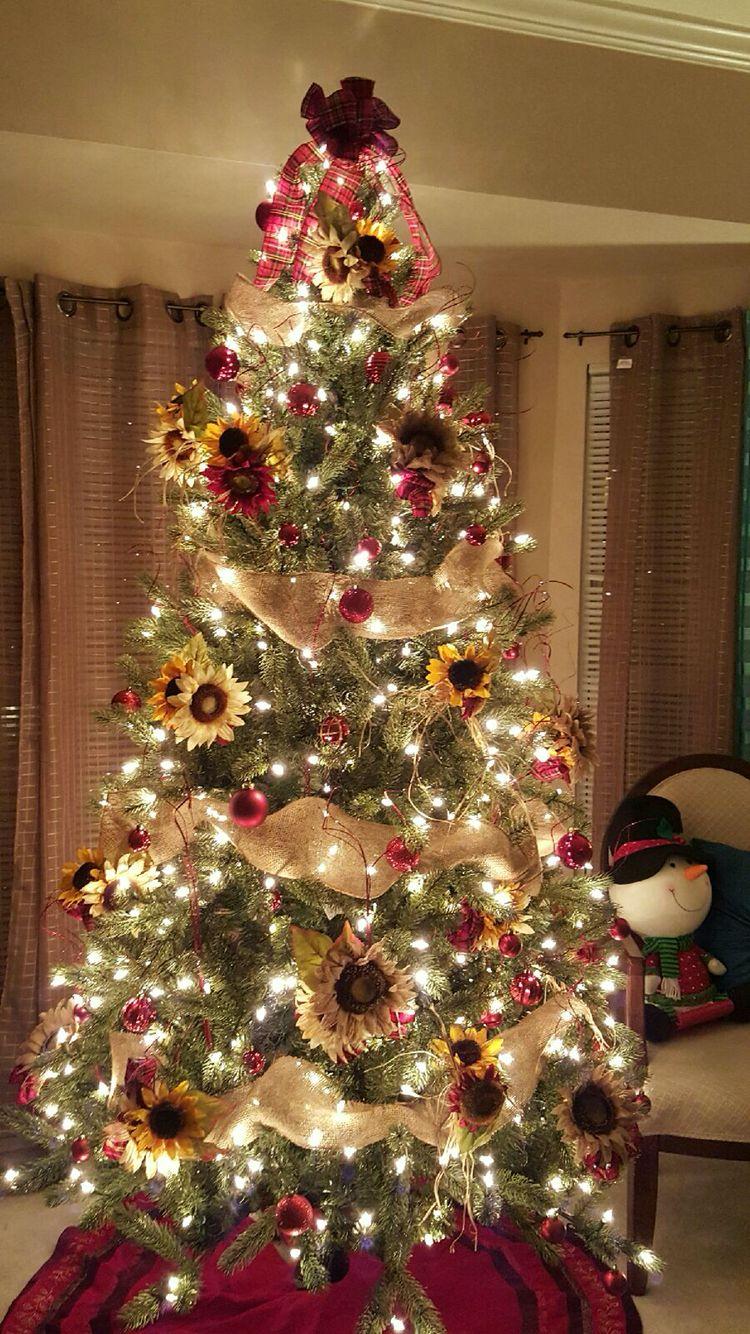 sunflower theme christmas tree plaid burlap creationsbygec rh pinterest com