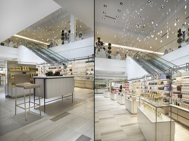 Saks Fifth Avenue Flagship Store By Cbx Houston Texas Retail Design Blog Retail Interior Retail Design Retail Furniture