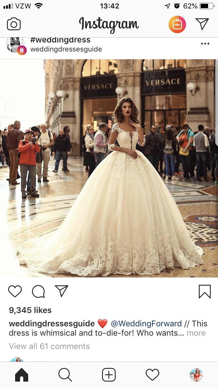 Pin von Lo auf vello (mit Bildern)  Brautkleider große größen
