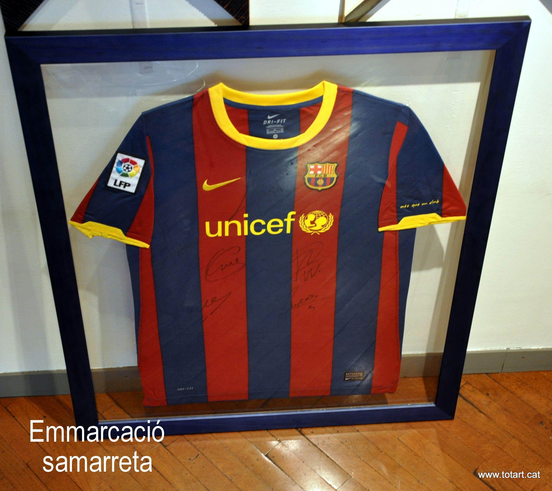 Marco para una camiseta de futbol del Barça en www.totart.cat ... ff38177a3d89a