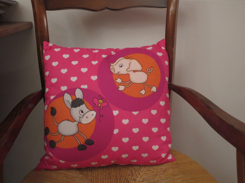 voici ce que je viens d ajouter dans ma boutique etsy coussin decoratif