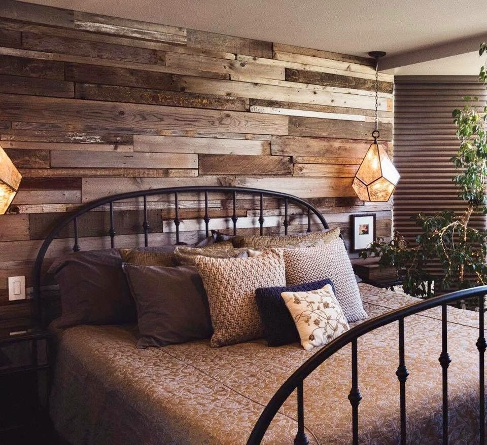 Using Old Fence Pickets For Accent Wall: Old Fencing Turned Into Accent Wall. (With Images