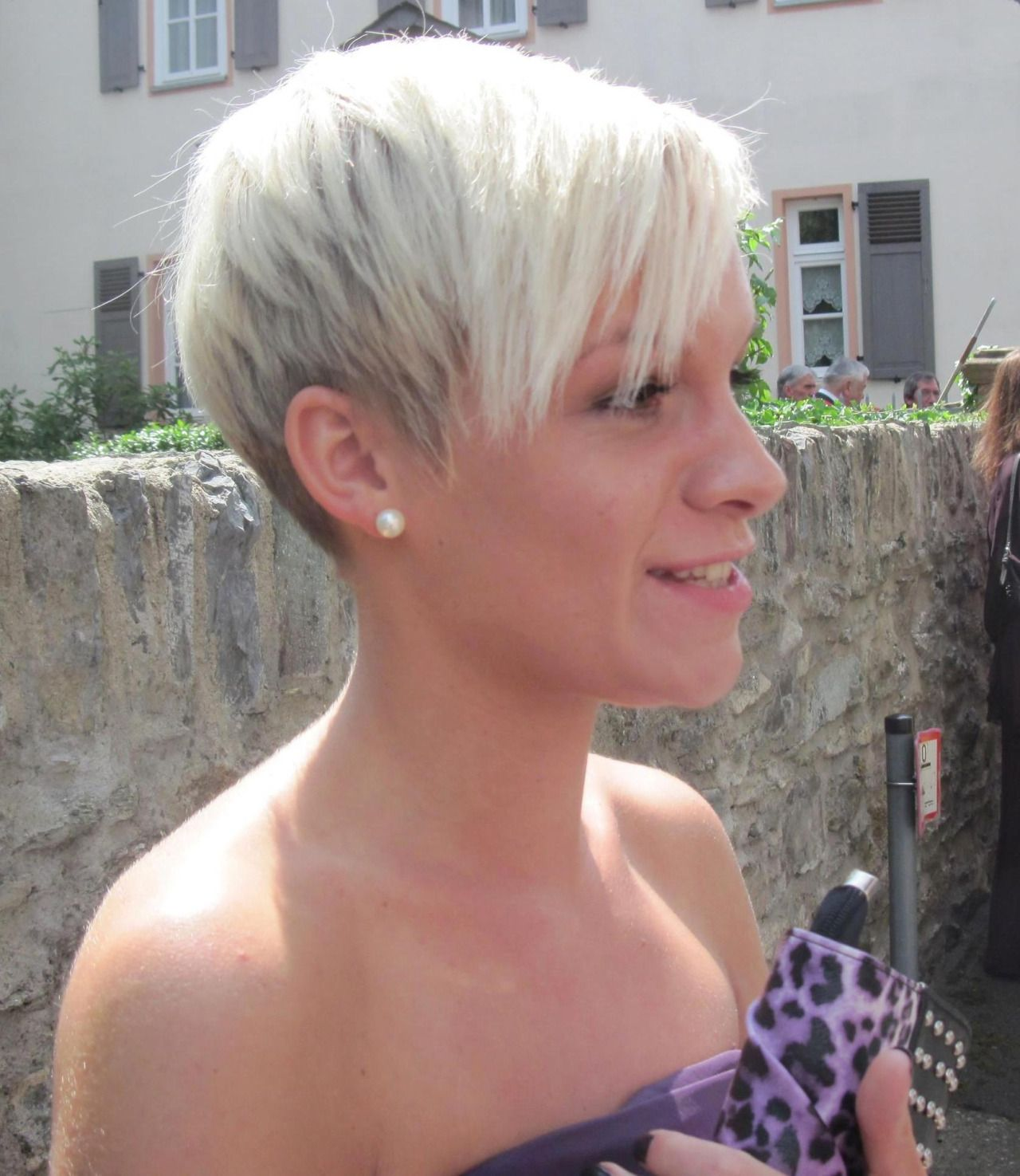 Share if you love pixies креатив pinterest pixies short hair