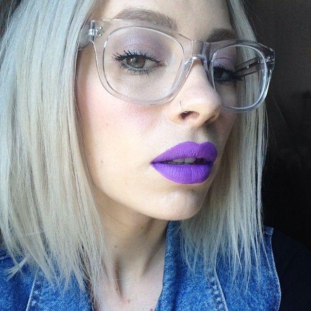 This mornings lips 💜💜 it's @prettyzombiecosmetics 3witches and spellbound with white lipmix 💜💜 #prettyzombiecosmetics #derekcardigan #anastasiabeverlyhills#My2015Eyestyle