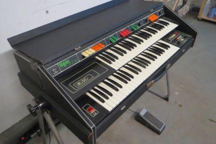 italienische combo orgel des herstellers eko modell tiger. Black Bedroom Furniture Sets. Home Design Ideas