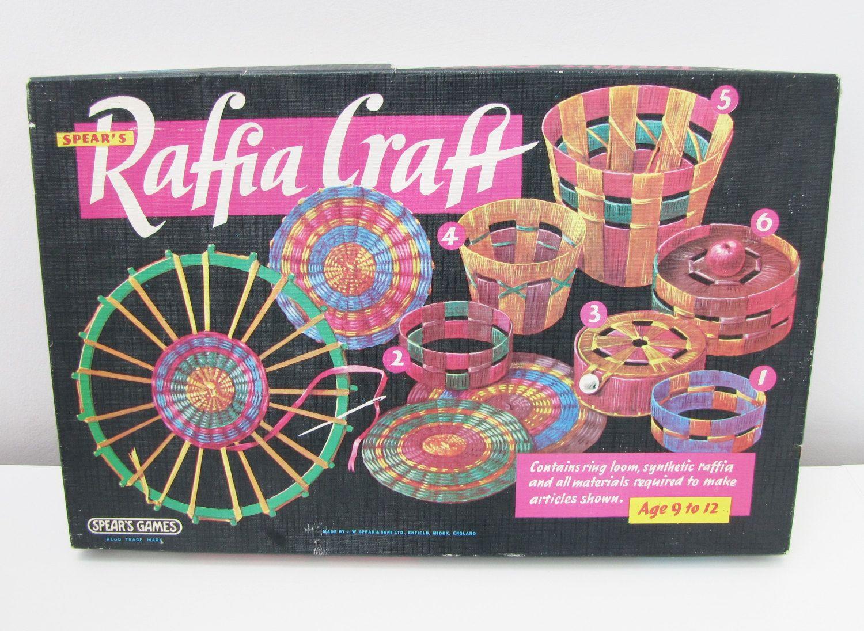 Vintage Spears Games Raffia Craft Kit Toy Retro Cute