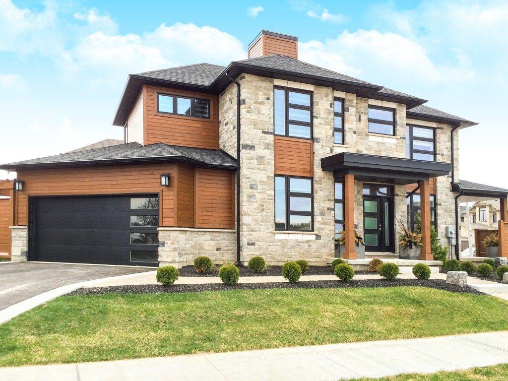 Model 8300 8500 Contemporary Black Vertical Lites Prairie Style Houses Beautiful Modern Homes Garage Door Design