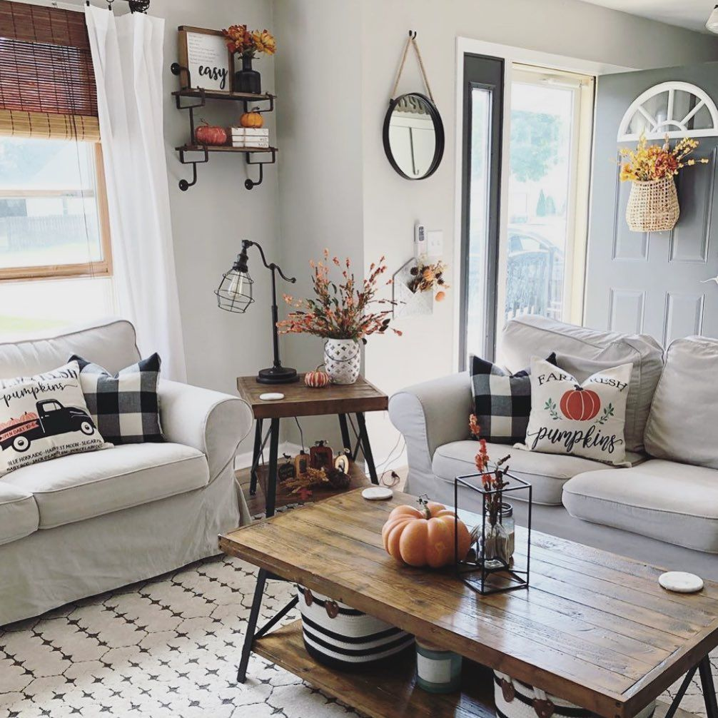 Beautiful Lake House Decor Inspiration: Loving This Beautiful #autumn View From @ourwisconsinnest