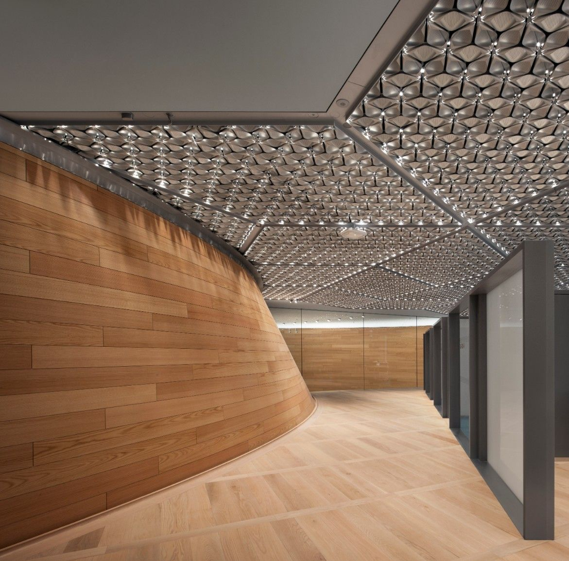 Working With Tall Ceilings: Bloomberg HQ, London. SAS International Bespoke Ceilings
