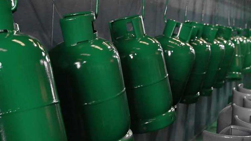 60 الف ليرة سعر قارورة الغاز اذا رفع الدعم In 2020 Bottles Decoration Decor Bottle