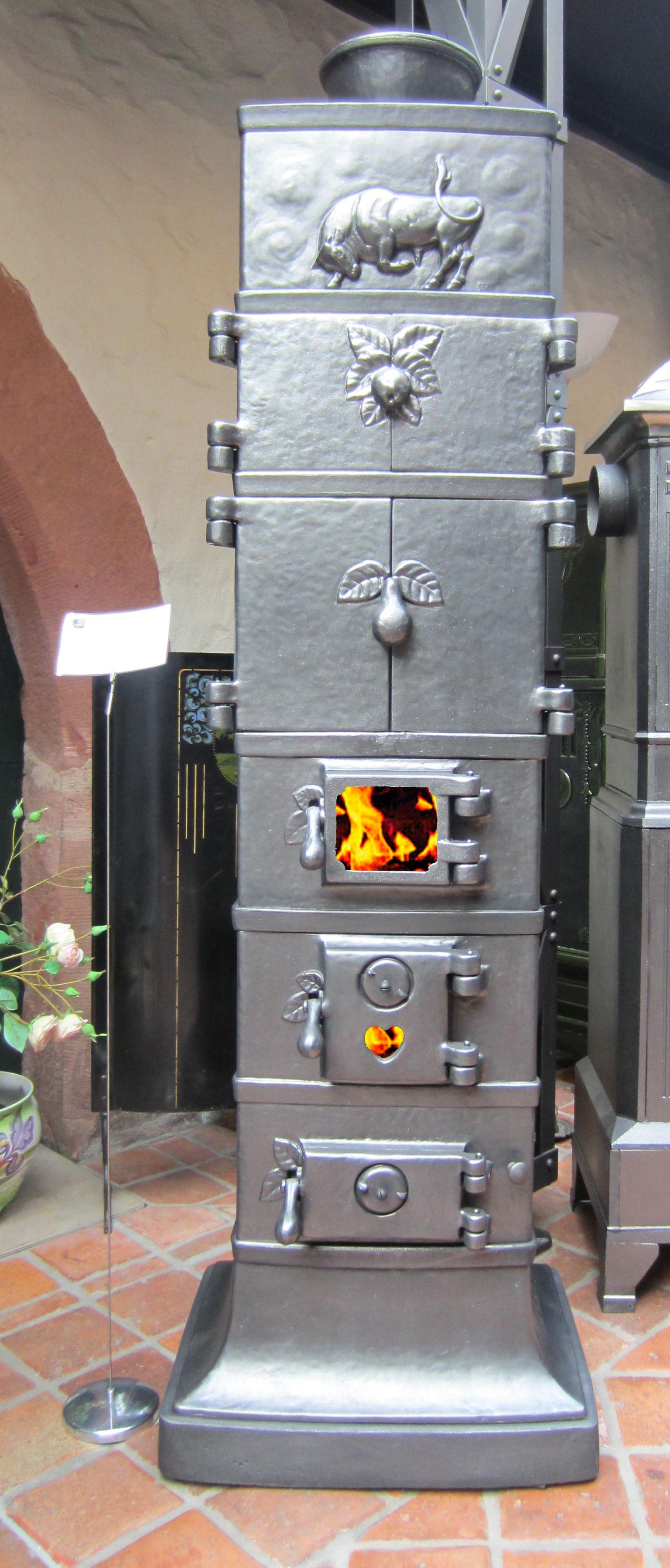 Seltener Ofen Aus Der Rasmussen Hutte Gegossen Um Datiert 1921