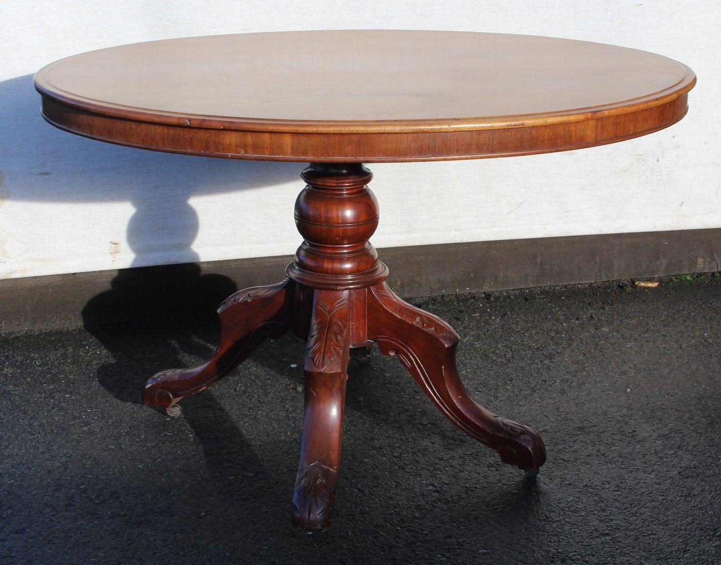 Esstisch Nussbaum Massiv Baumkante Tisch Rund Ausziehbar Massiv